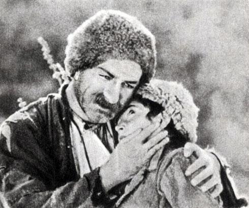 'Гикор'. Реж. А. Мартиросян. (Амбо - Г. Нерсесян, Гикор - А. Погосян.) 1934