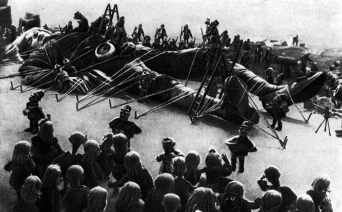 'Новый Гулливер'. Реж. А. Птушко, худ. С. Мокиль. 1935