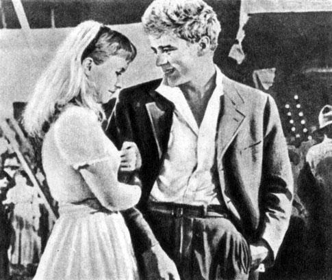 'К востоку от рая'. Реж. Э. Казан. (Справа - актёр Дж. Дин.) 1955