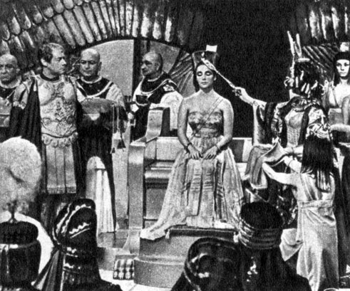 'Клеопатра'. Реж. Дж. Манкиевич. (Клеопатра - Э. Тейлор.) 1963
