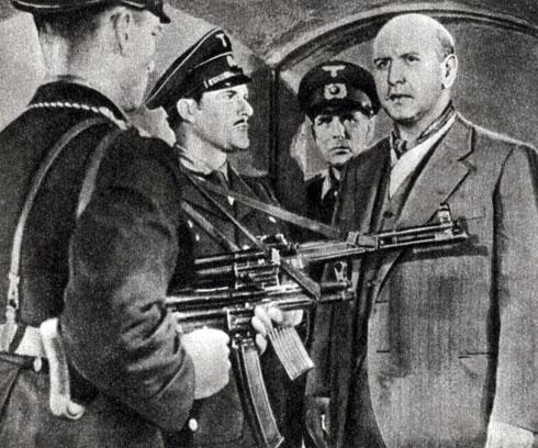 'Эрнст Тельман - вождь своего класса'. Реж. К. Метциг. (Справа Эрнст Тельман - Г. Зимон.) 1955