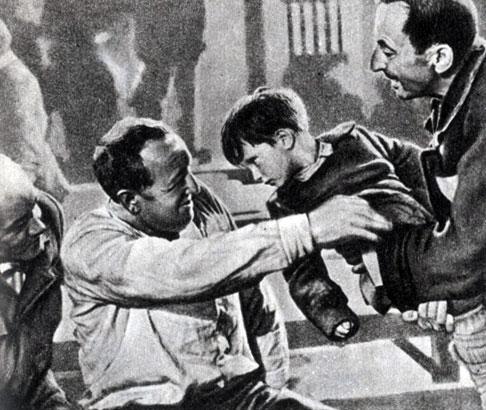 'Голый среди волков'. Реж. Ф. Байер. 1963